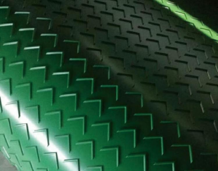 带花纹的PVC输送带细节